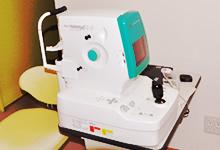眼底写真を撮影する機器